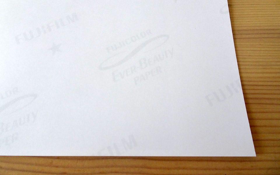 さくっとプリントのLサイズプリント注文商品は「EVER-BEAUTY PAPER」を使用